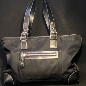 Coach L32-4450 Nylon/Leather Buckle Strap Tote